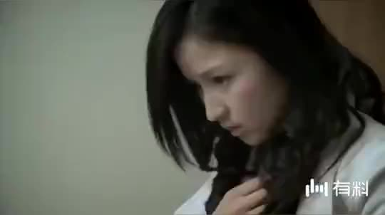 【医者仁心】美女来做检查,谁知男医生却让她脱外套