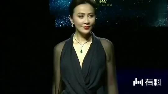 性感终于要嫁了!33岁韩国性感美女克拉拉宣布超丰满女神女星巨乳图片