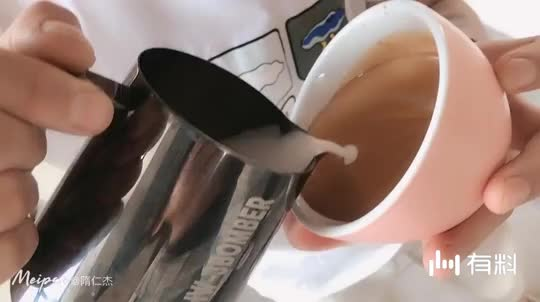 录个视频为什么这么皮呢
