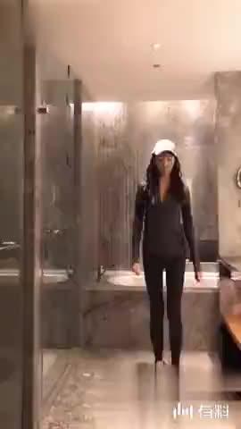 谁来帮灰姑娘捡一下帽子?