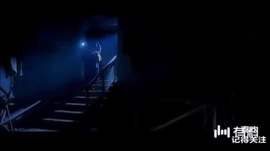 经典港剧《双子神偷洪金宝》 吴京遭一对双胞胎偷袭