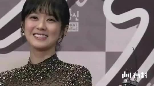 36岁张娜拉欲重返中国娱乐圈, 网友: 我们有赵丽颖了
